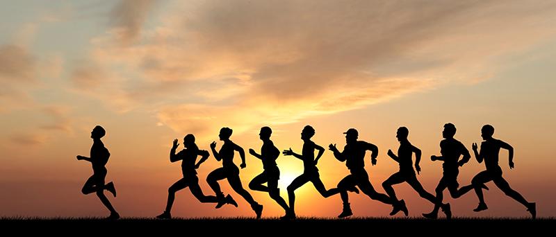 Marathon-Runners---Black-Silhouette-Sunset
